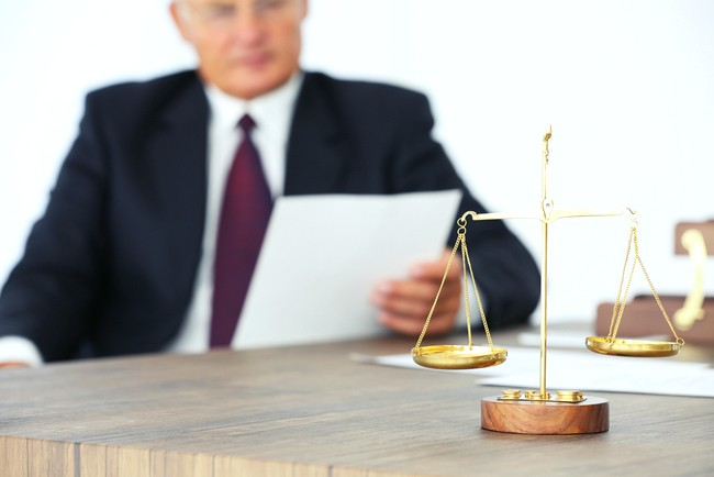 Установление факта нахождения на иждивении умершего кормильца: как подтвердить и доказать факт иждивения в суде и вступить в наследство