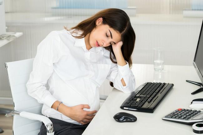 Как получить алименты жене в декрете: условия взыскания алиментов на содержание нетрудоспособной супруги в браке и после его расторжения