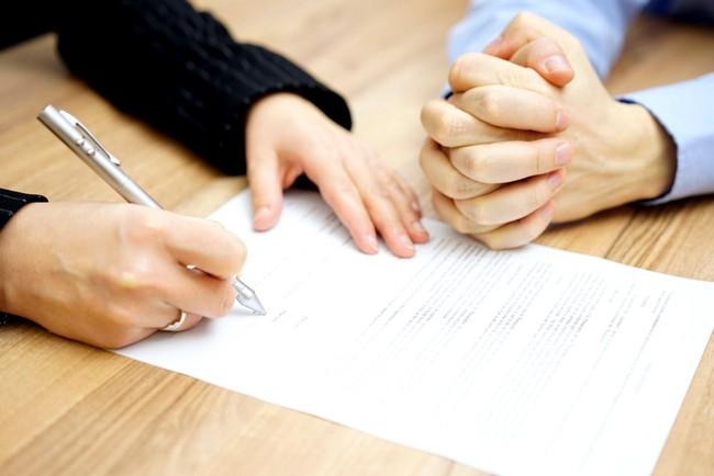 Мошенничество с долговой распиской – кредитор получил реальный срок за фальсификацию и подлог доказательств, приговор № 1-377/2017 от 11.10.2017 года Магаданского городского суда