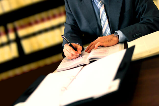 Преимущественное право покупки доли в квартире: Верховный суд восстанавливает права долевого собственника определение по делу № 33-КГ18-4