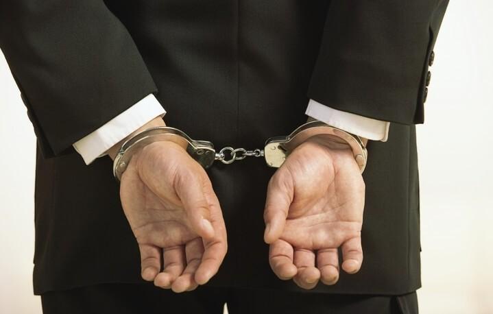 Адвокат по уголовным делам защита на стадии возбуждения уголовного дела и в суде