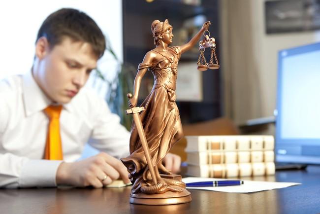 Признание гражданина недееспособным: инструкция + образец заявления в суд