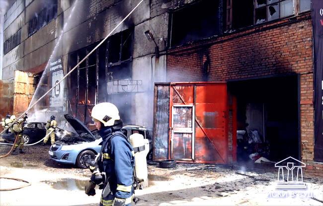 Возмещение ущерба после пожара жилых и нежилых помещений в суде
