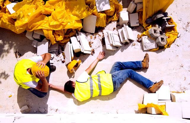 Как возместить вред причиненный здоровью работника при производственной травме на предприятии