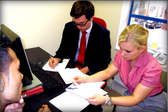 Юридические услуги по жилищным вопросам
